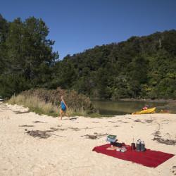 Abel Tasman Kayaking Picknick ©PhotoTravelNomads.com