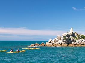Abel Tasman Kayaks - Kayaking Tour ©PhotoTravelNomads.com