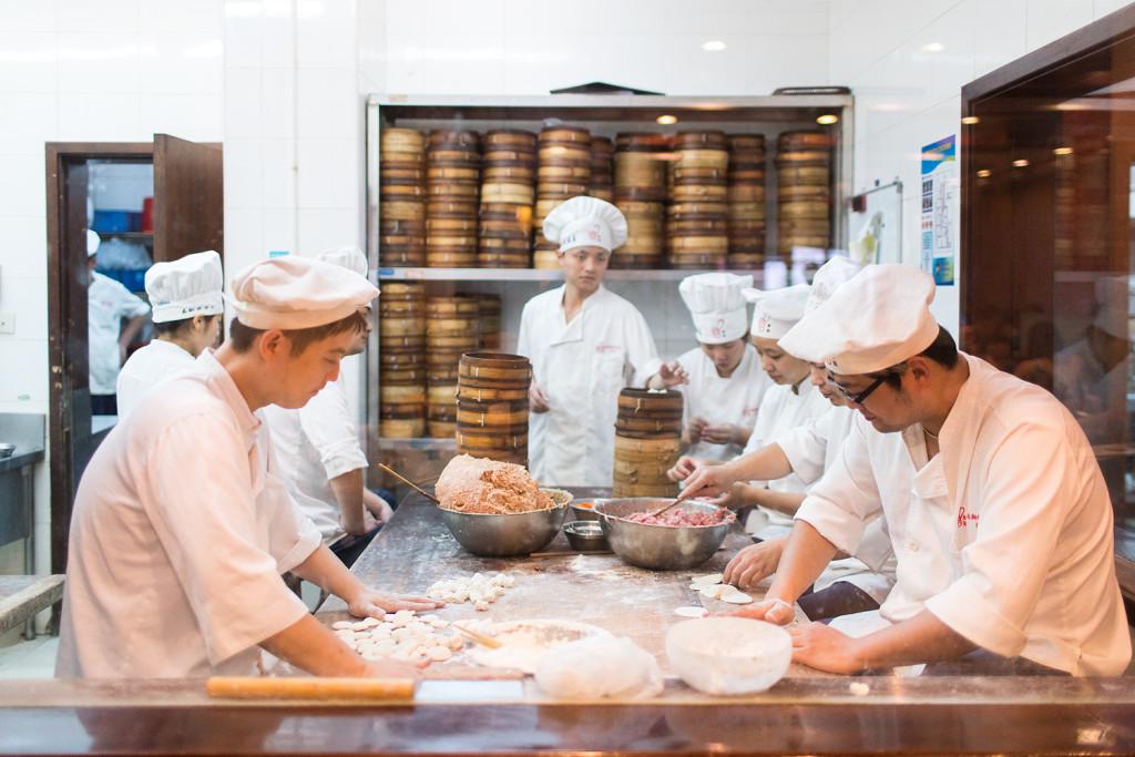 Nanxiang Mantou Dian Restaurant in Yuyuan Shanghai  China © PhotoTravelNomads.com