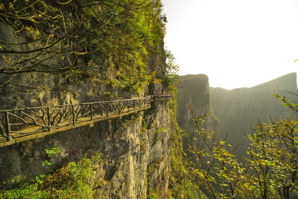 Wege am Tianmen Mountain in Zhangjiajie (Hunan) China © PhotoTravelNomads.com