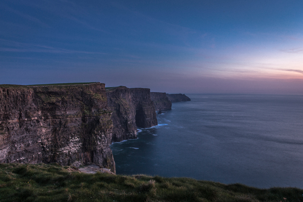 Cliffs of Moher at night - Namensgebung, Eintritt, Öffnungszeiten - Irland Reiseblog © PhotoTravelNomads.com