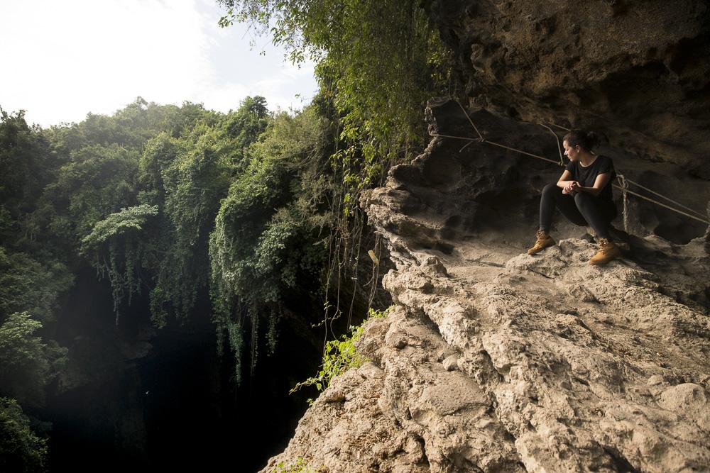 Bat Hole in der Gomantong Cave © PhotoTravelNomads.com