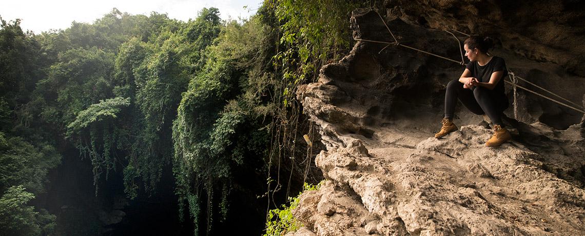 Gomantong Cave Summit © PhotoTravelNomads.com
