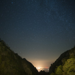 Huangshan Yellow Mountains Nightsky © PhotoTravelNomads.com