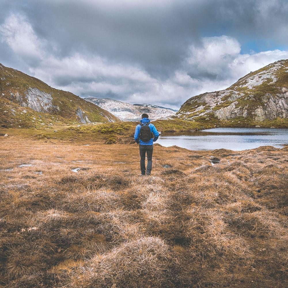 Kjeragbolten Hike Wanderung © PhotoTravelNomads.com