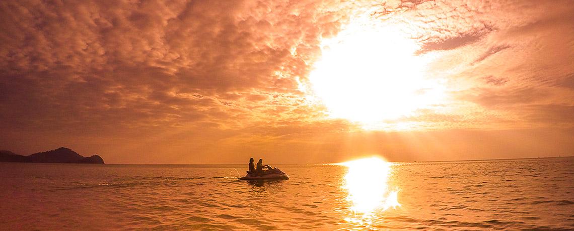 Langkawi Island Hopping mit dem JetSki ©PhotoTravelNomads.com