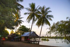 Laos Reiseblog: Streets auf Don Det in den 4000 Islands © PhotoTravelNomads.com