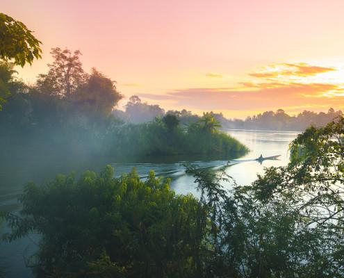 Laos Sehenswürdigkeiten: Sunrise auf Don Det in den 4000 Islands © PhotoTravelNomads.com