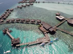 Mabul Island © PhotoTravelNomads.com