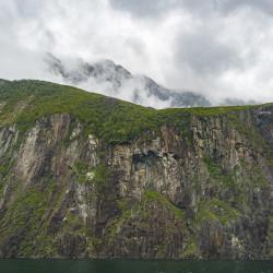 Milford Sound im Fiordland Nationalpark © PhotoTravelNomads.com
