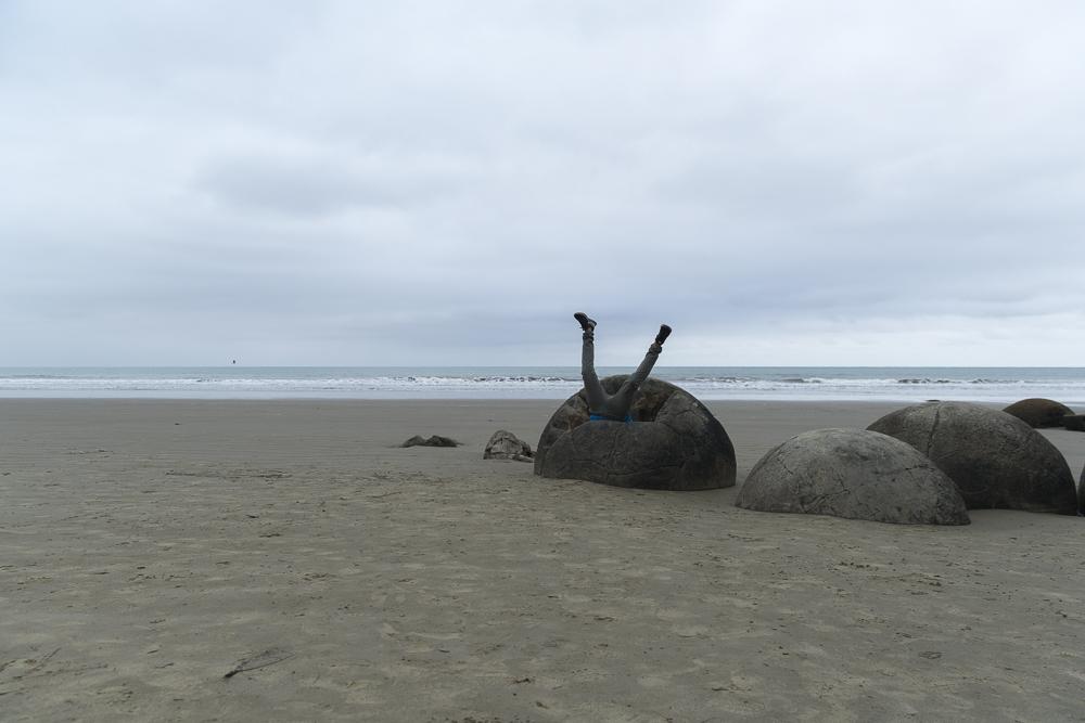 Zwischenstop der Neuseeland Reiseroute bei den Mouraki Boulders