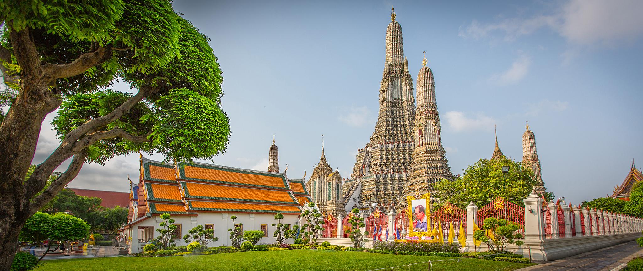 Wat Arun in Bangkok (Thailand) ©PhotoTravelNomads.com