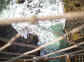 Irland Reiseblog: Carrick-A-Rede Rope Brdige ©PhotoTravelNomads.com