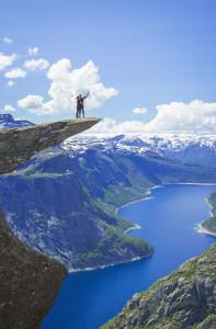 Trolltunga - Norwegen ©PhotoTravelNomads.com