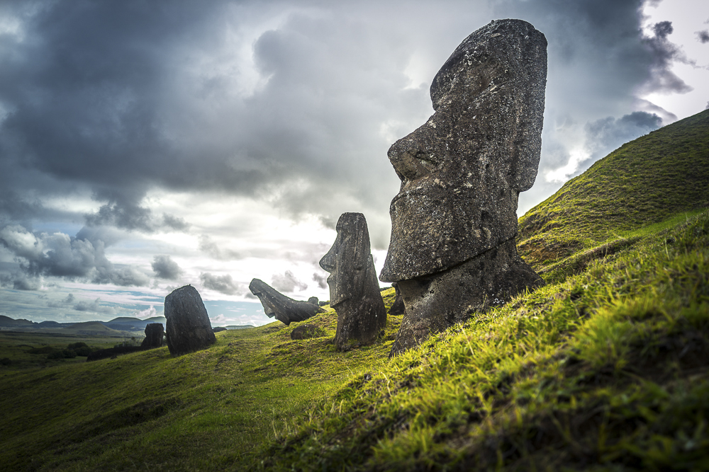 Moai - Osterinsel - Chile Reiseblog © PhotoTravelNomads.com