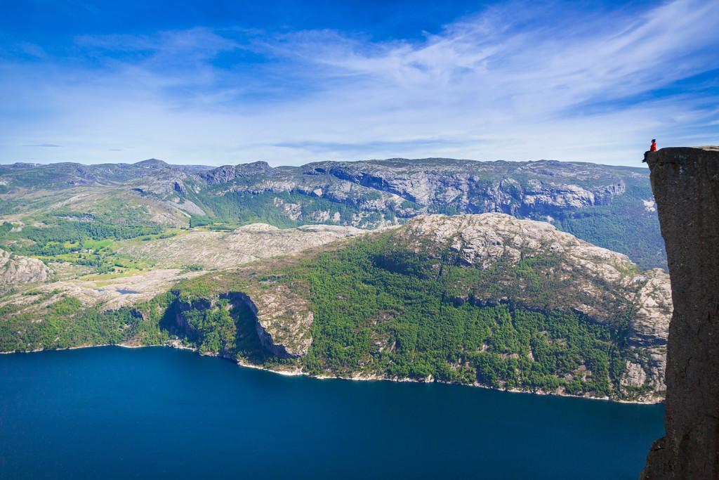 Preikestolen in Norwegen © PhotoTravelNomads.com