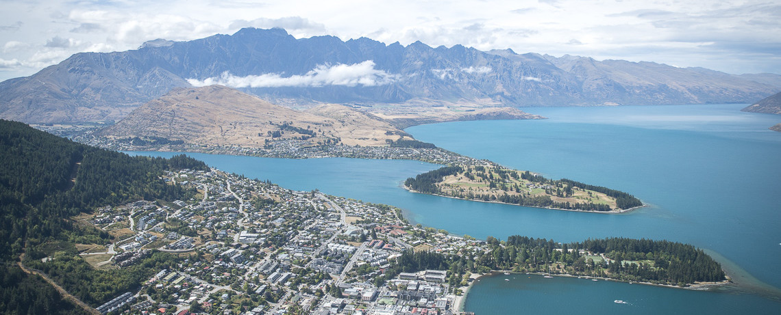Queenstown Skyline © PhotoTravelNomads.com