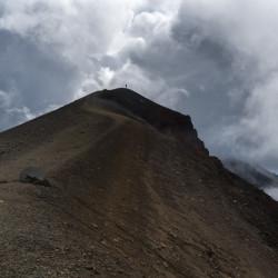 Red Crater Summit Tongariro Alpine Crossing © PhotoTravelNomads.com