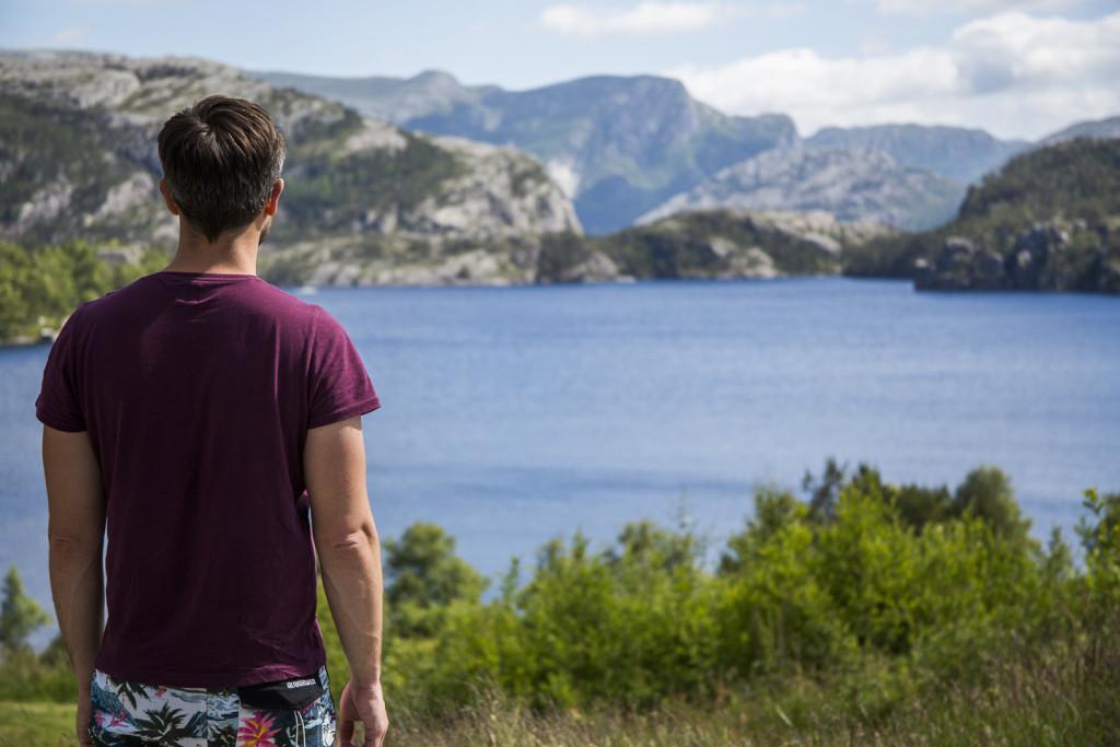 Refsvatn Lake © PhotoTravelNomads.com