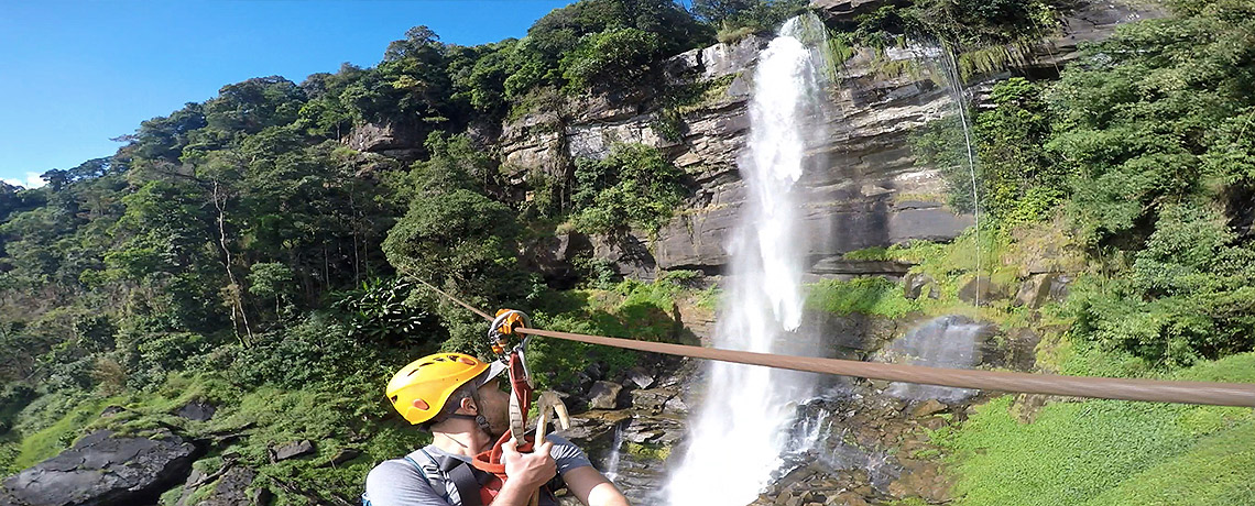 Tree Top Explorer Laos - Waterfall Ziplining at Bolvaven Plateau - Laos Reisebericht © PhotoTravelNomads.com