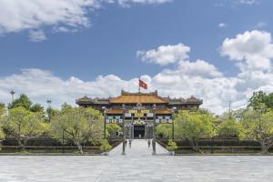 Vietnam Sehenswürdigkeiten: Royal Palace in Hue ©PhotoTravelNomads.com