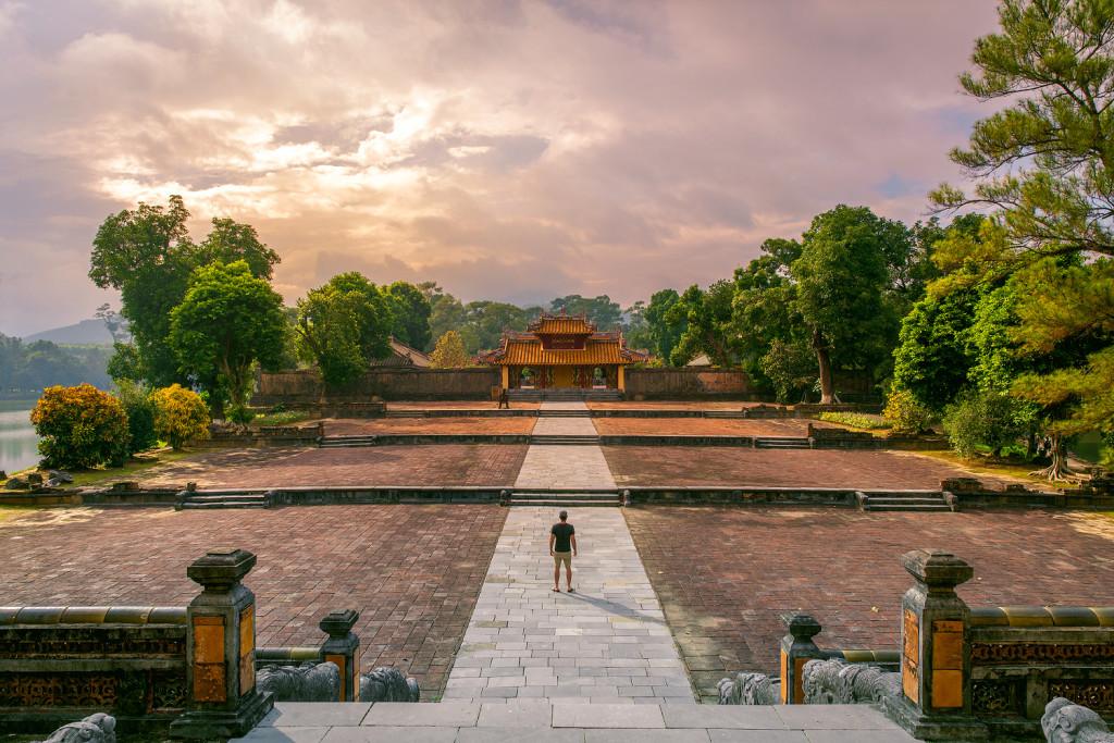 Vietnam Reiseblog: Hue Sehenswürdigkeiten - Minh Mang Kaisergrab ©PhotoTravelNomads.com