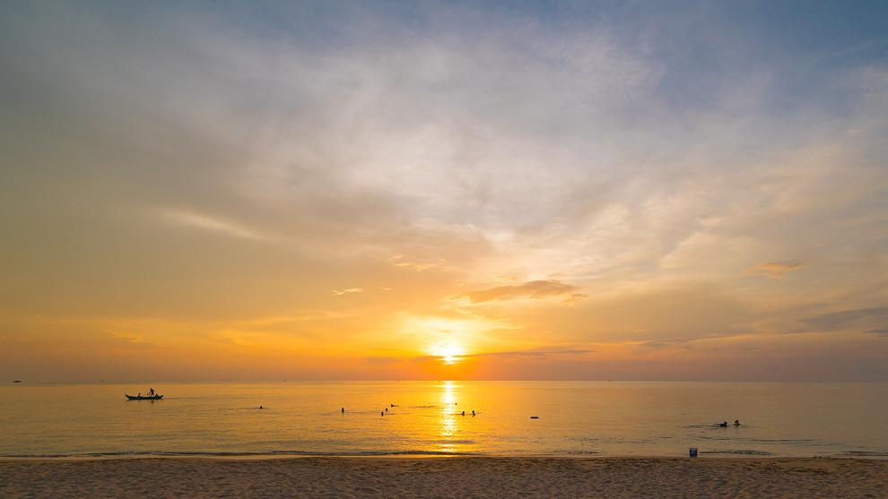 Long Beach at Phu Quoc (Vietnam) ©PhotoTravelNomads.com