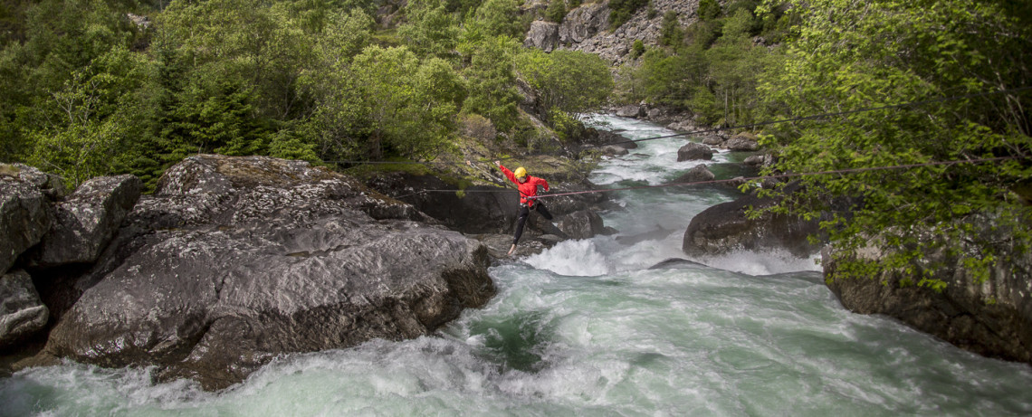 White Water Jumping Ovre Eidfjord © PhotoTravelNomads.com