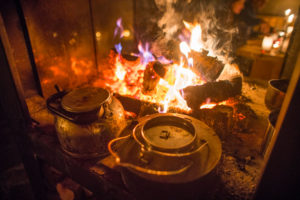 Zubereitung des Hirschgulasch zum Abendessen