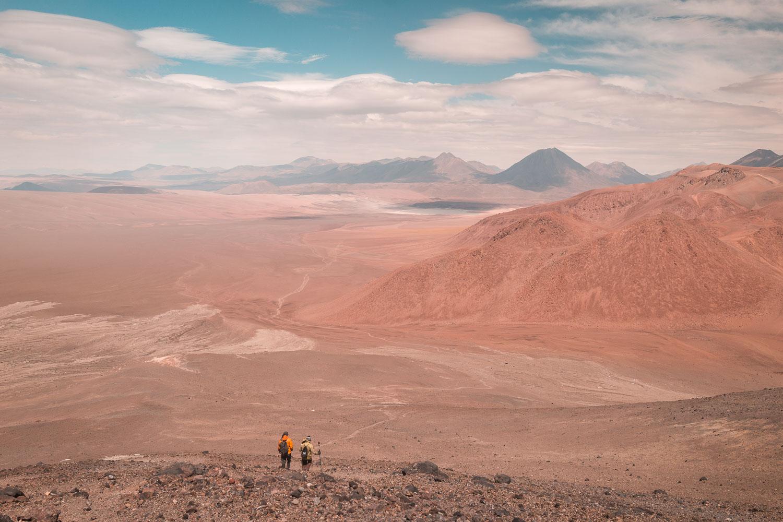 Die Wanderung zum Vulkan Lascar (Abstieg) ©PhotoTravelNomads.com