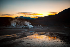 Geyser der Tatio kurz nach Sonnenaufgang